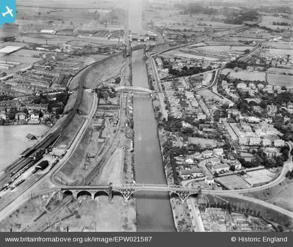 epw021587 ENGLAND (1928). The Latchford High Level Bridge ...